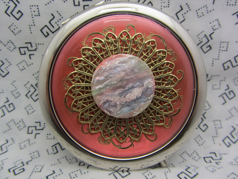 Compact Mirror Sunset